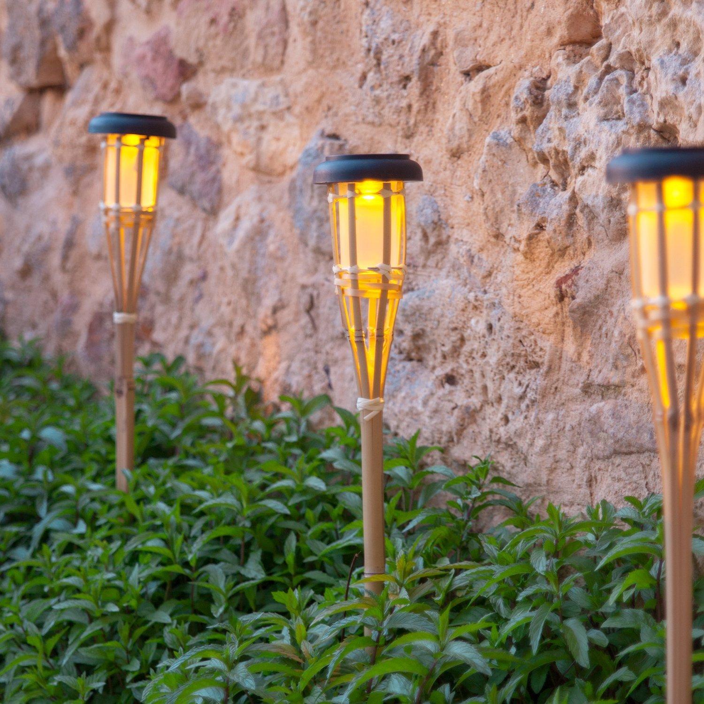Освещение светильниками на солнечных батарейках