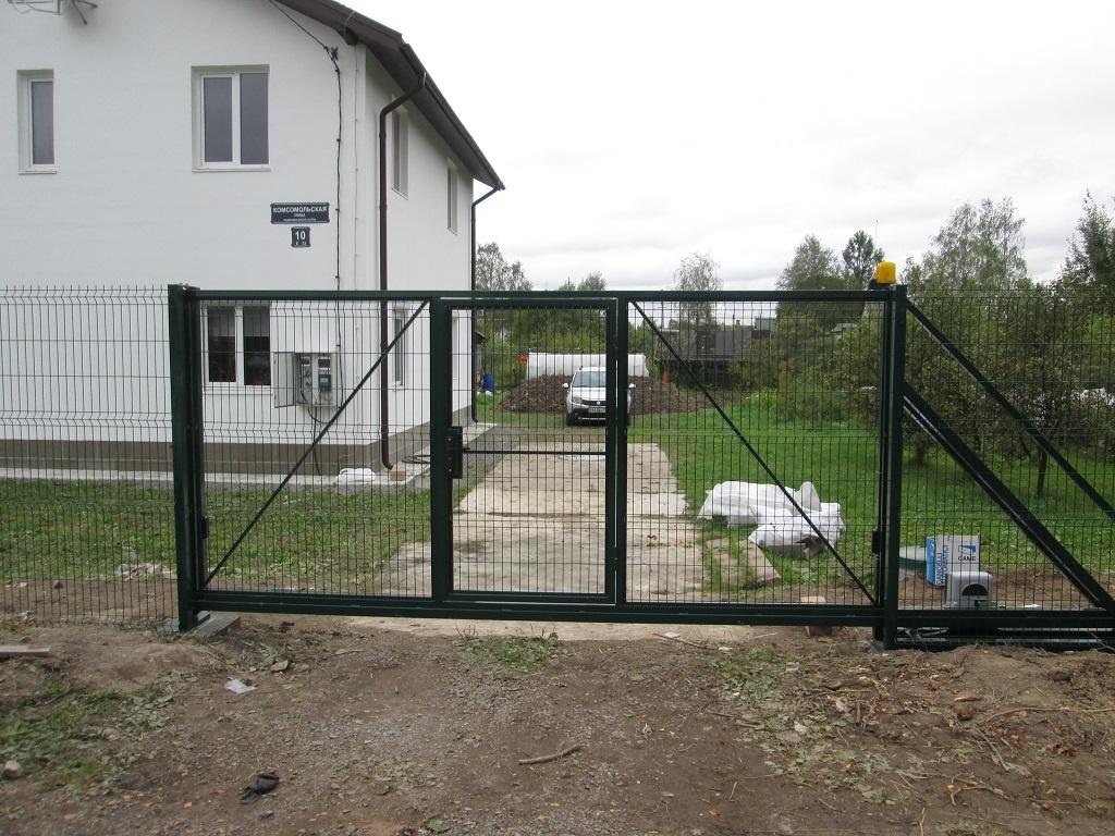 Откатные ворота из рабицы