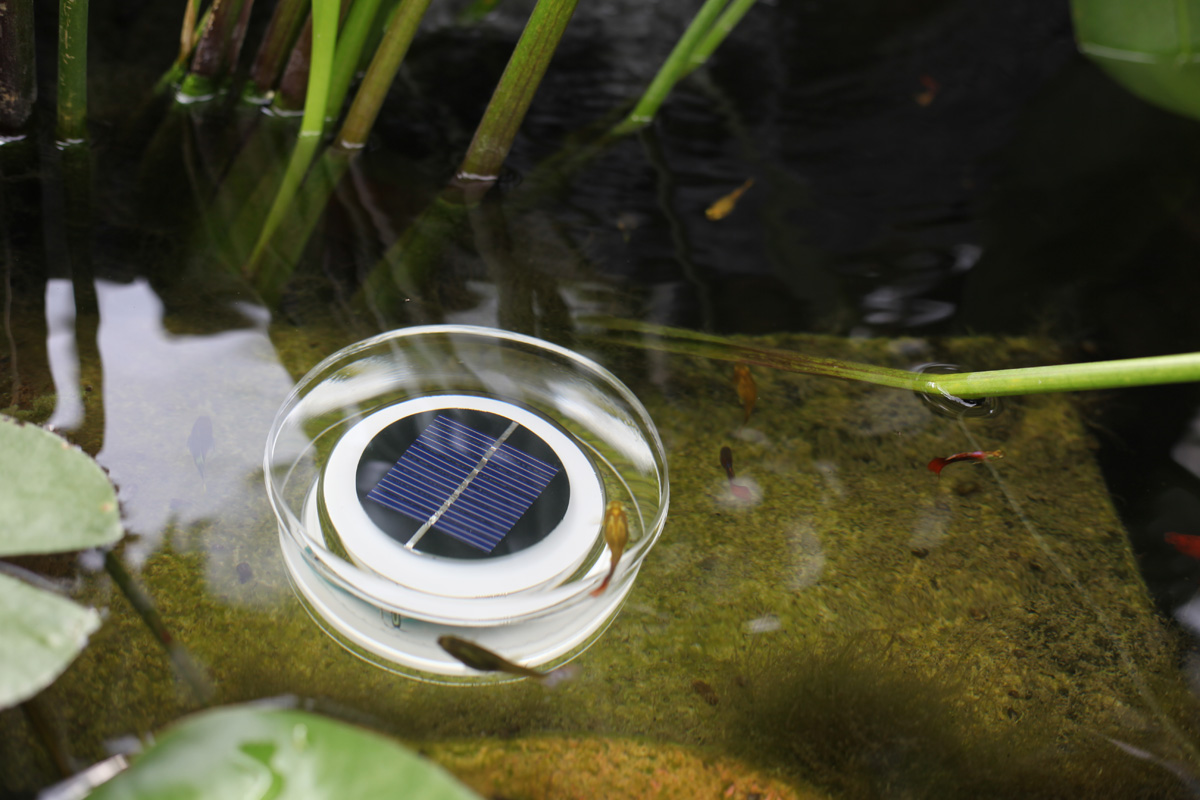 Плавающий солнечный светильник