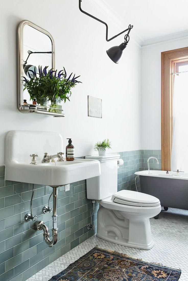 Раковина для ванной подвесная