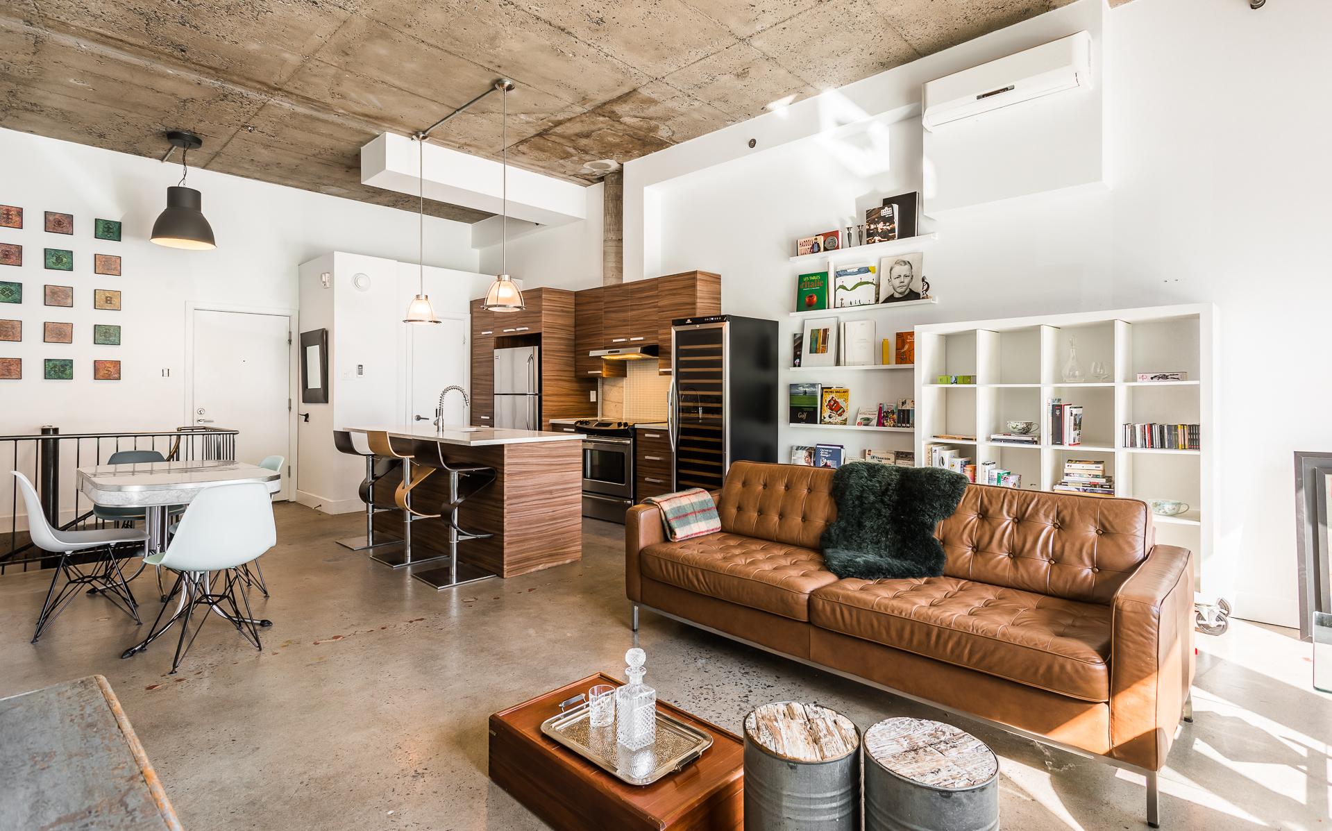 Потолок в квартире студии лофт