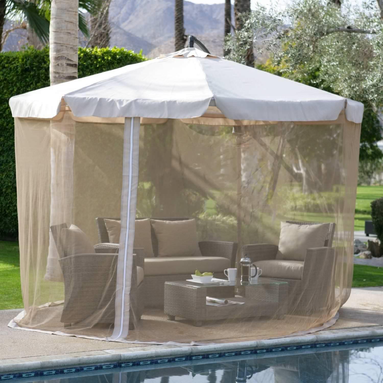 Садовый зонт с сеткой