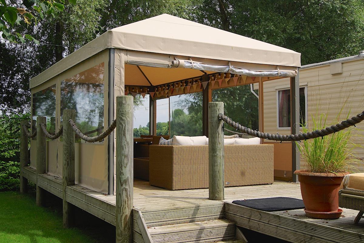 Садовый шатер со шторами
