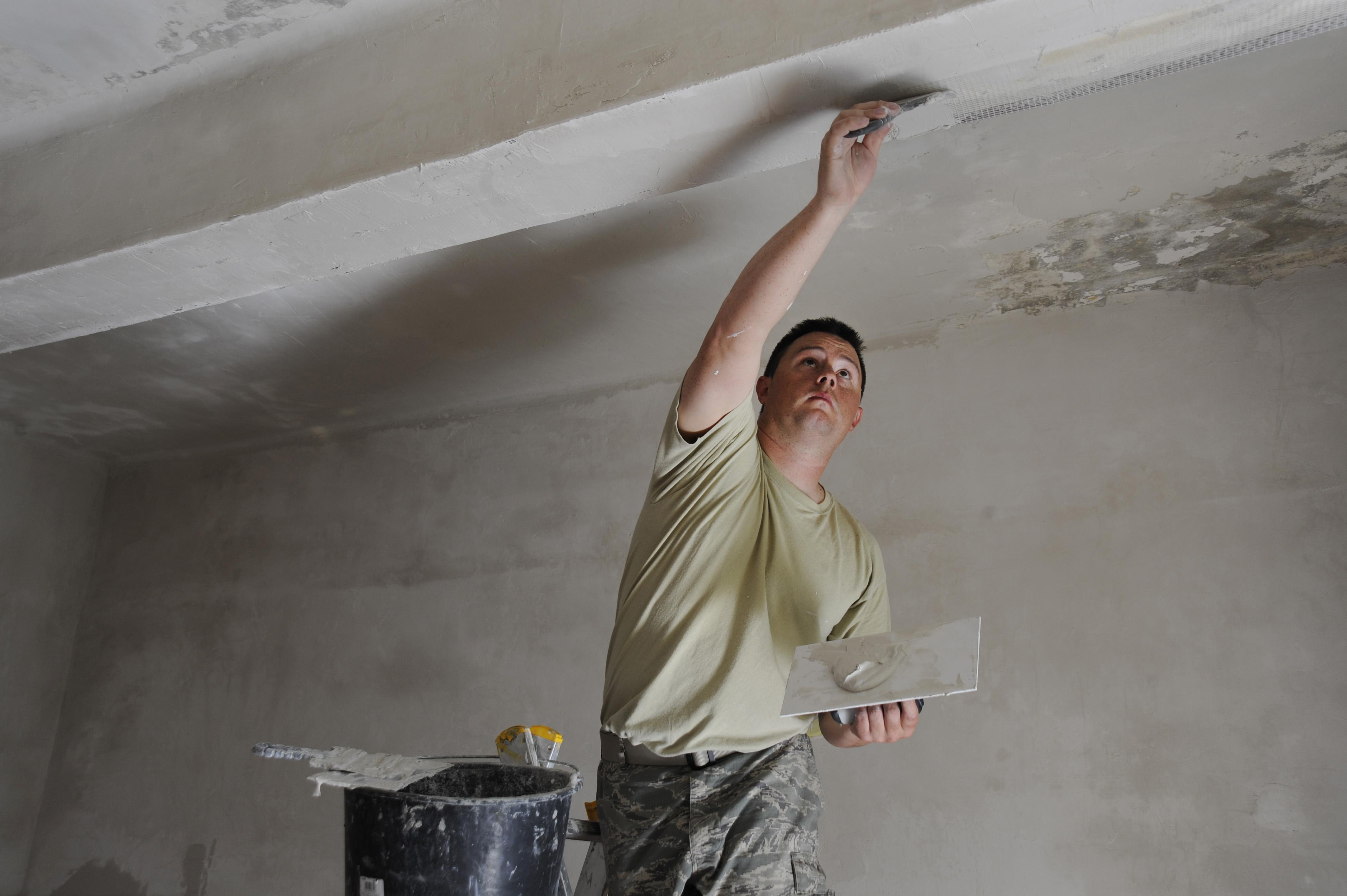 Шпаклевка для швов на потолке