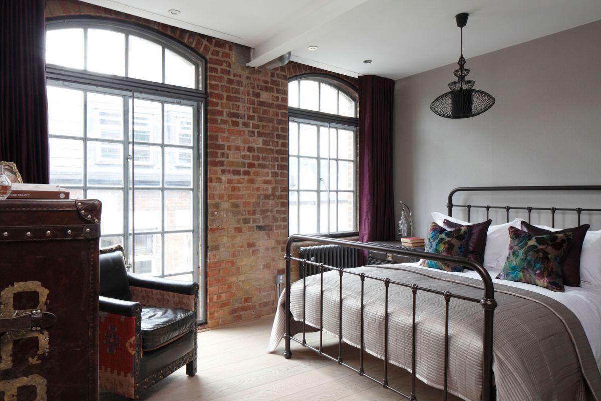 Кровать стальная в стиле лофт