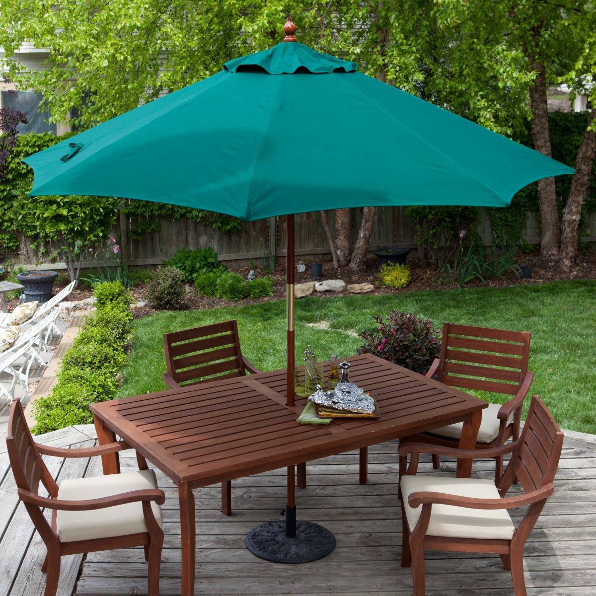 Садовый зонт со столом