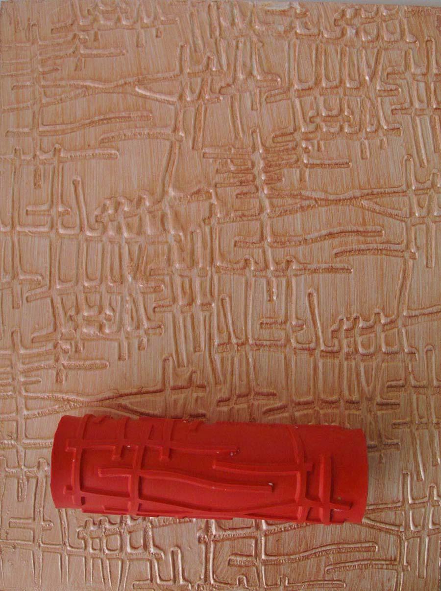 Декоративная штукатурка из обычной шпаклевки при помощи валика