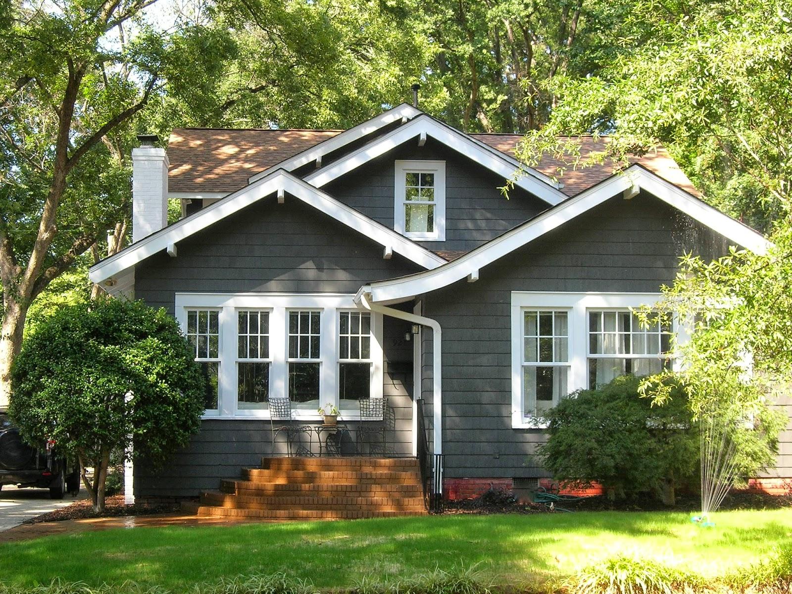 Сайдинг блок хаус для загородного дома