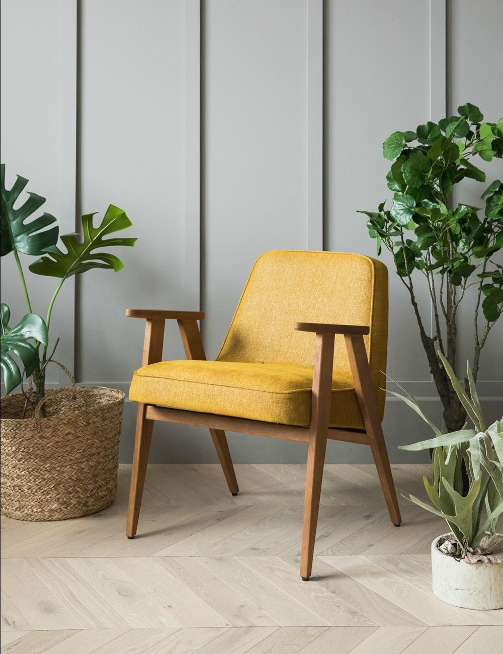 Желтое кресло лофт