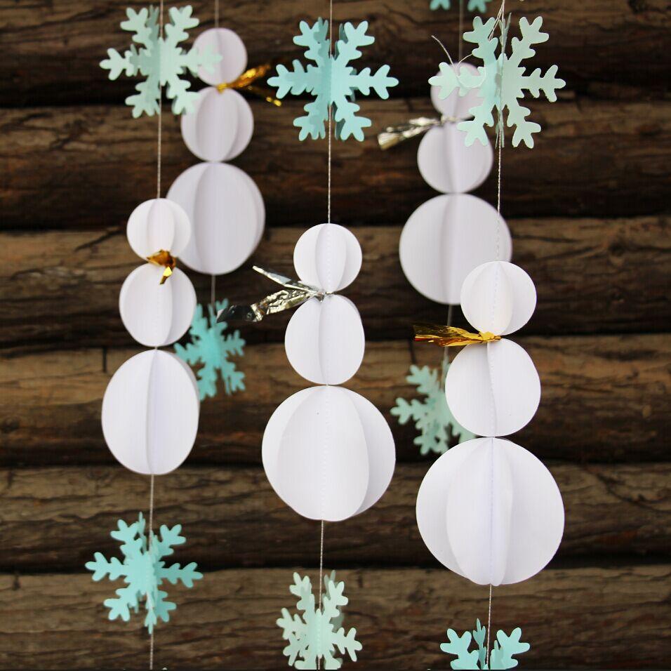 Снеговик из бумажных кружков