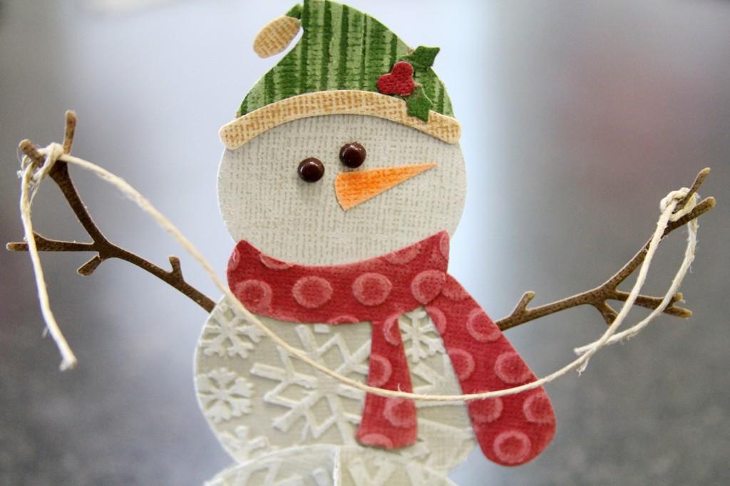 Снеговик из обоев