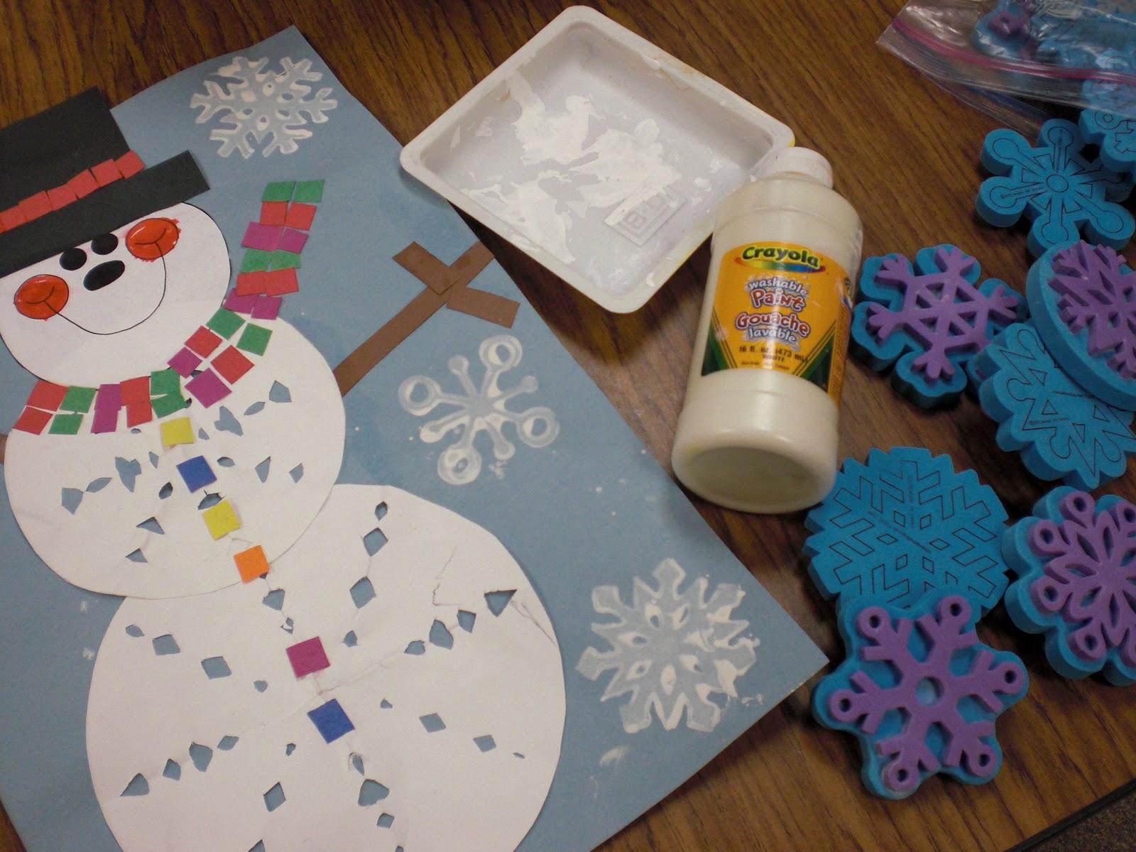 Снеговик из бумаги на открытке