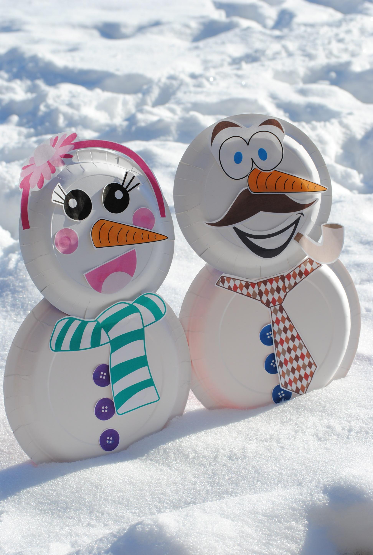 Снеговик из бумаги для сада