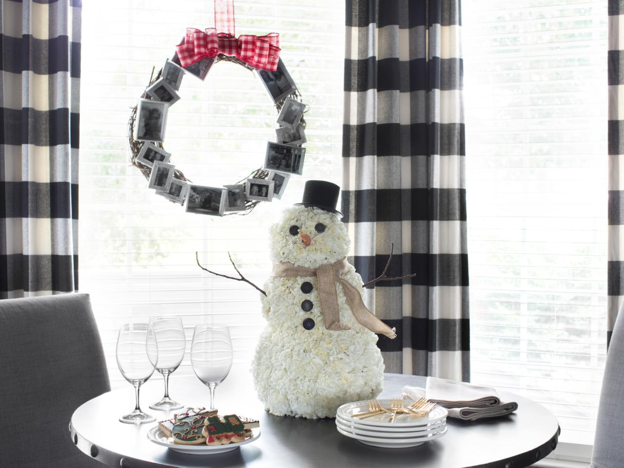 Снеговик из бумаги на стол