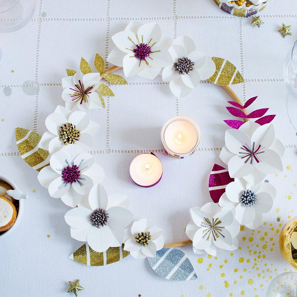 Цветы из бумаги на новый год