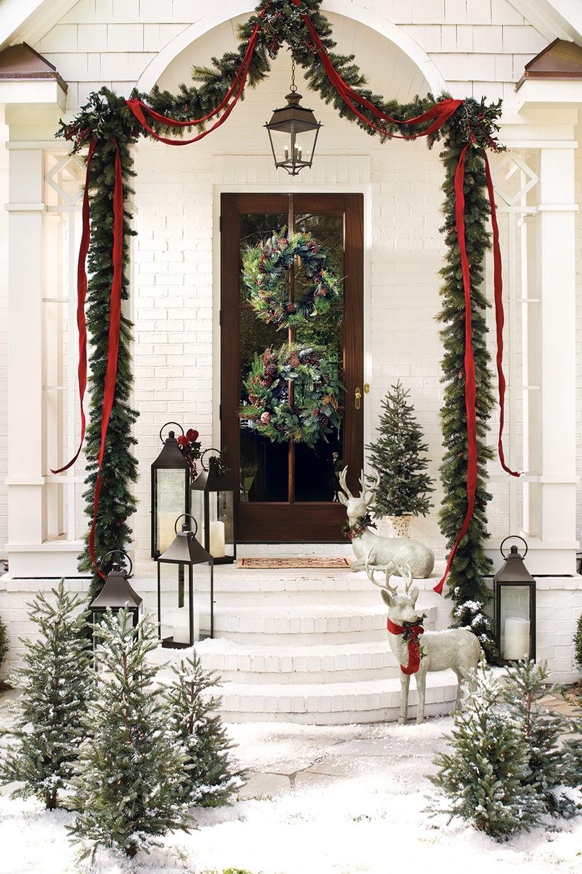 Украшение двери елочкой к новому году