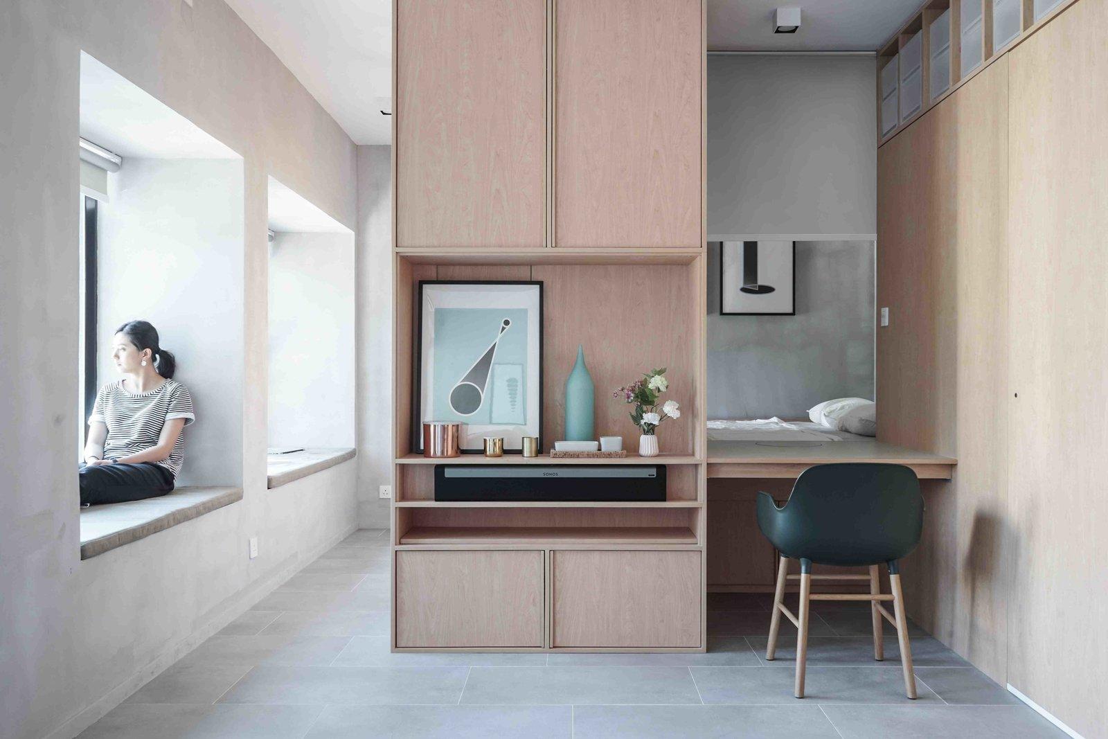 Дизайн однокомнатной хрущевки с мебелью из фанеры