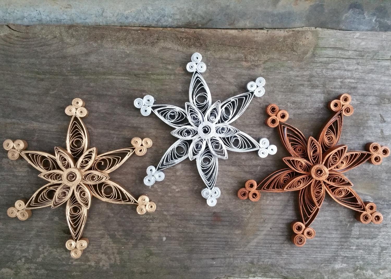 Снежинки из крафтовой бумаги