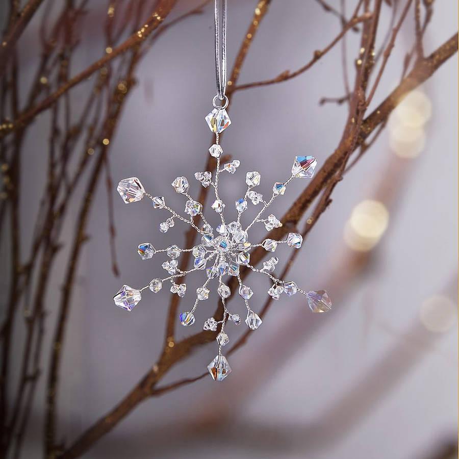 Снежинка из кристаллов