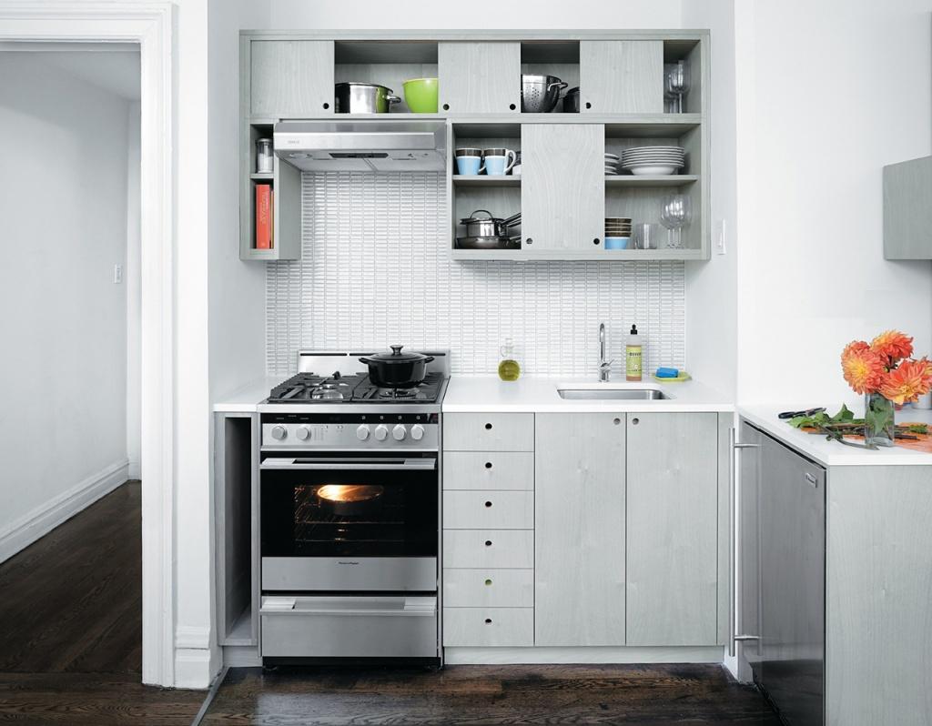 Кухня 6 кв м с мебелью