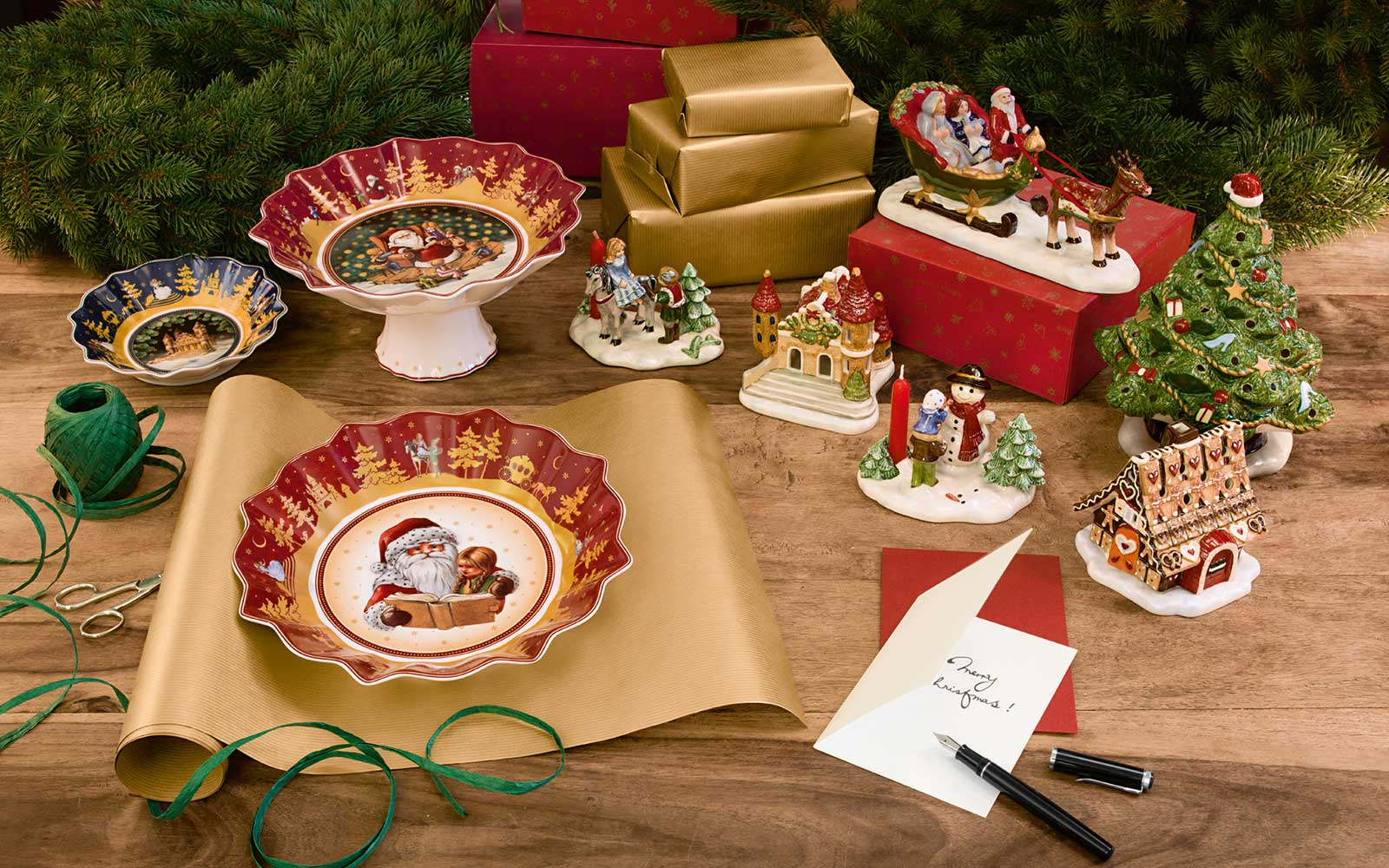 Подарочный набор посуды на новый год