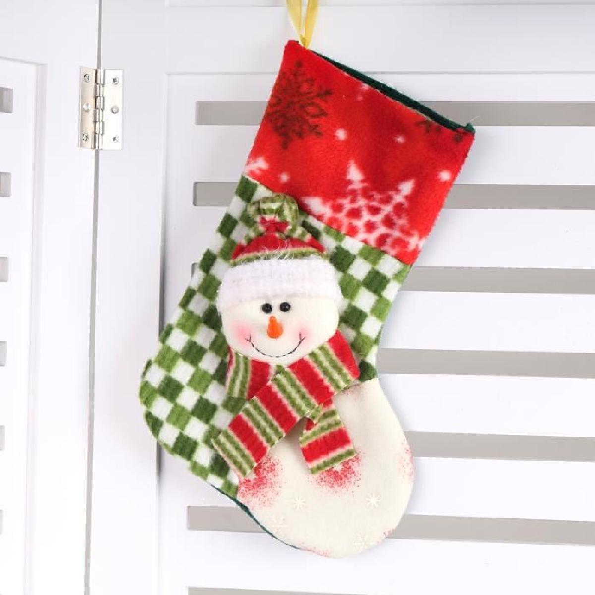 Как сделать снеговика на носок