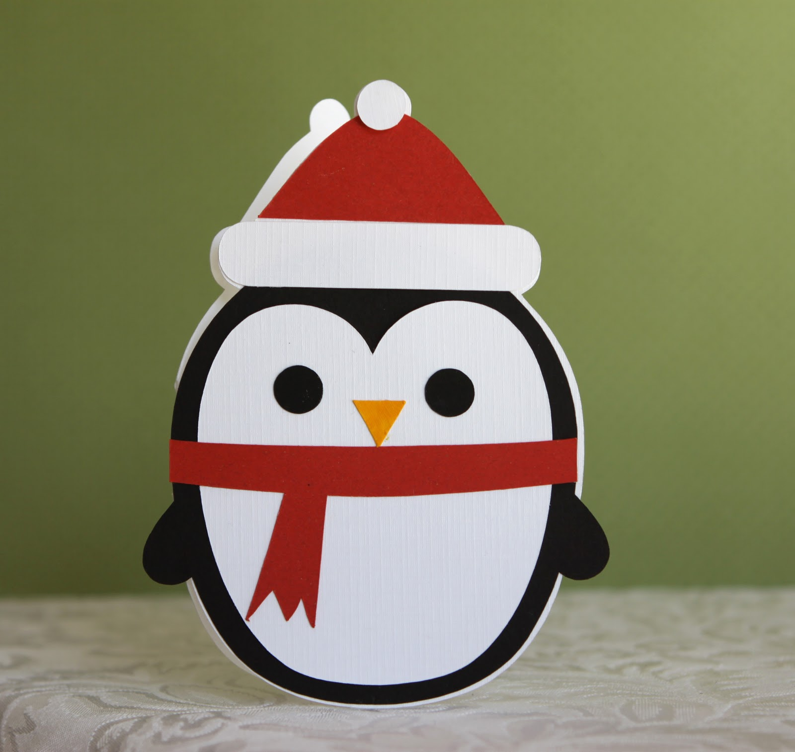 Новогодний пингвин из бумаги