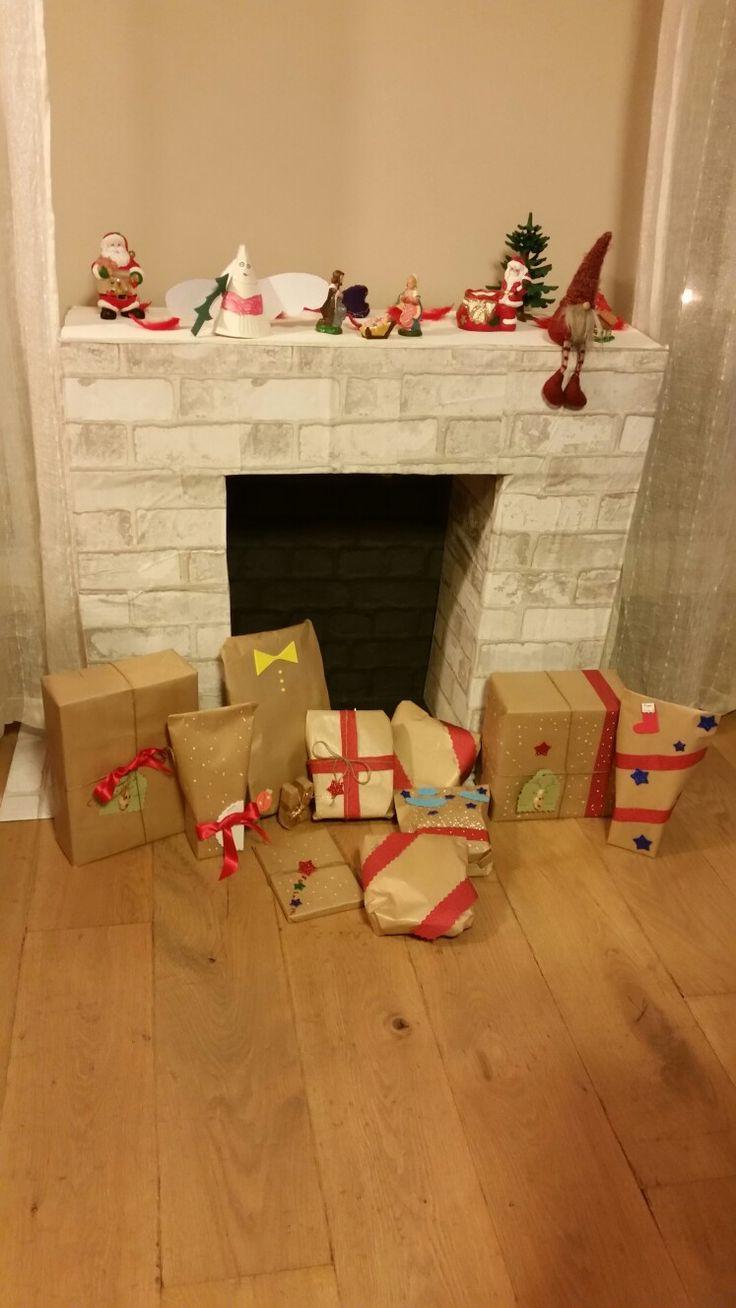 Новогодний камин из коробки с подарками