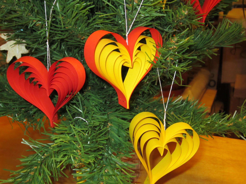 Елочные украшения в виде сердец