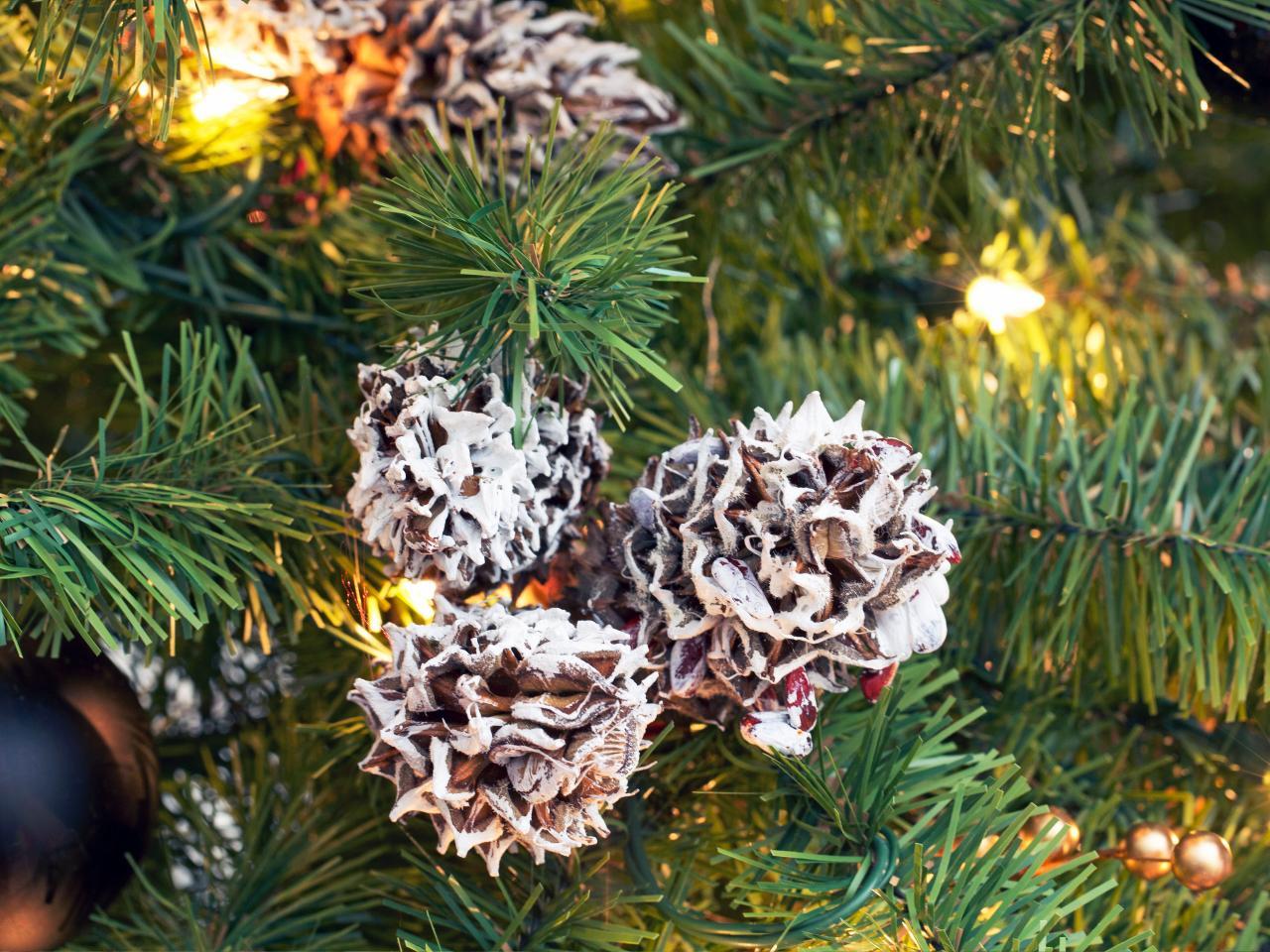 Шишки для украшения елки