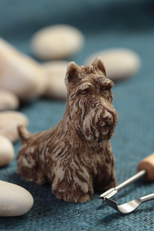 Статуэтка собаки в подарок на новый год
