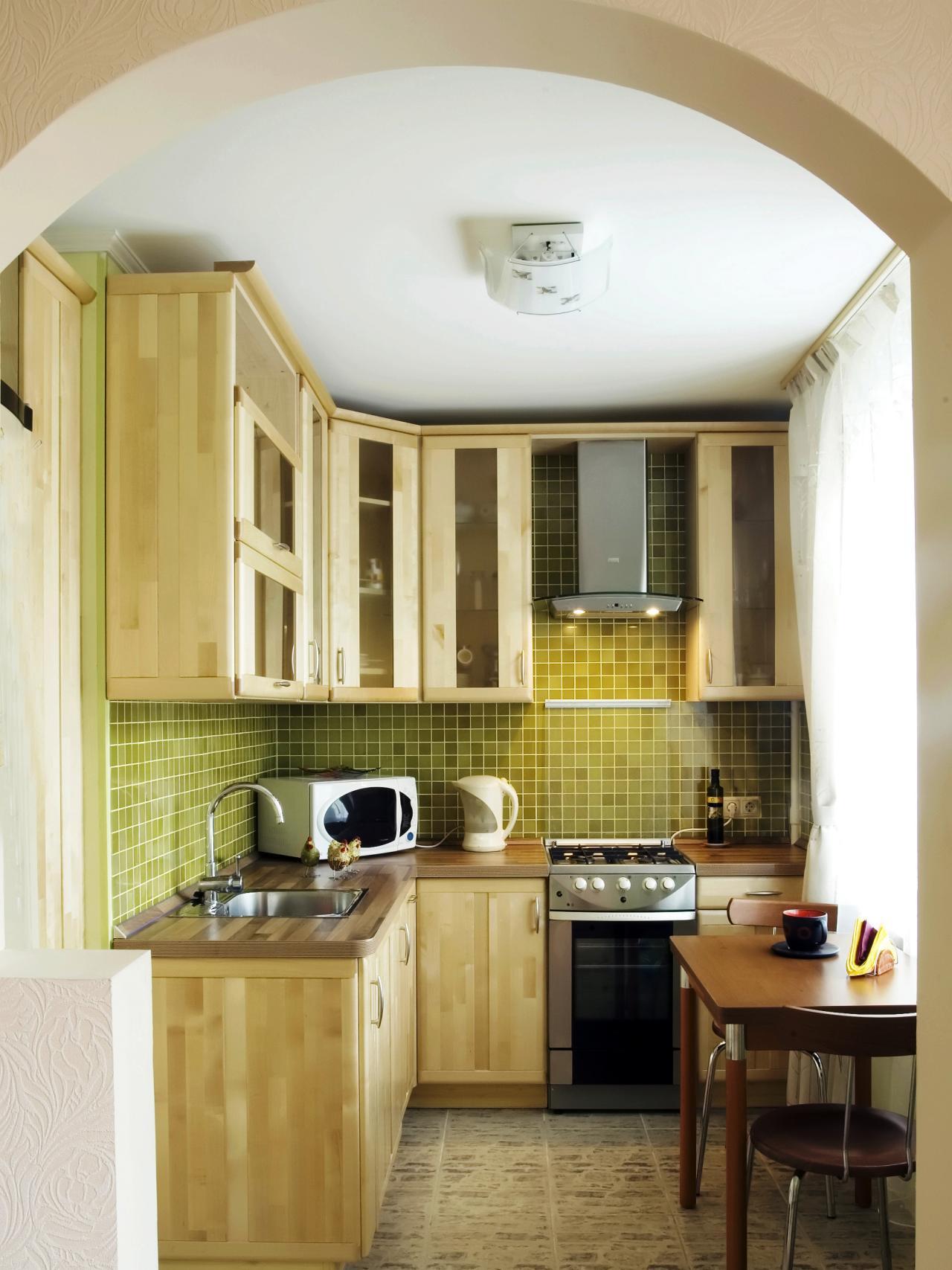 Кухня 6 кв м из сосны