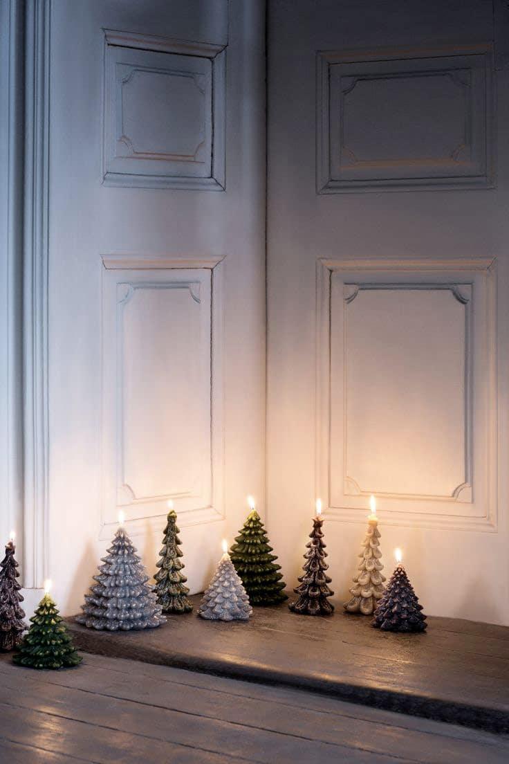 Украшение двери свечами