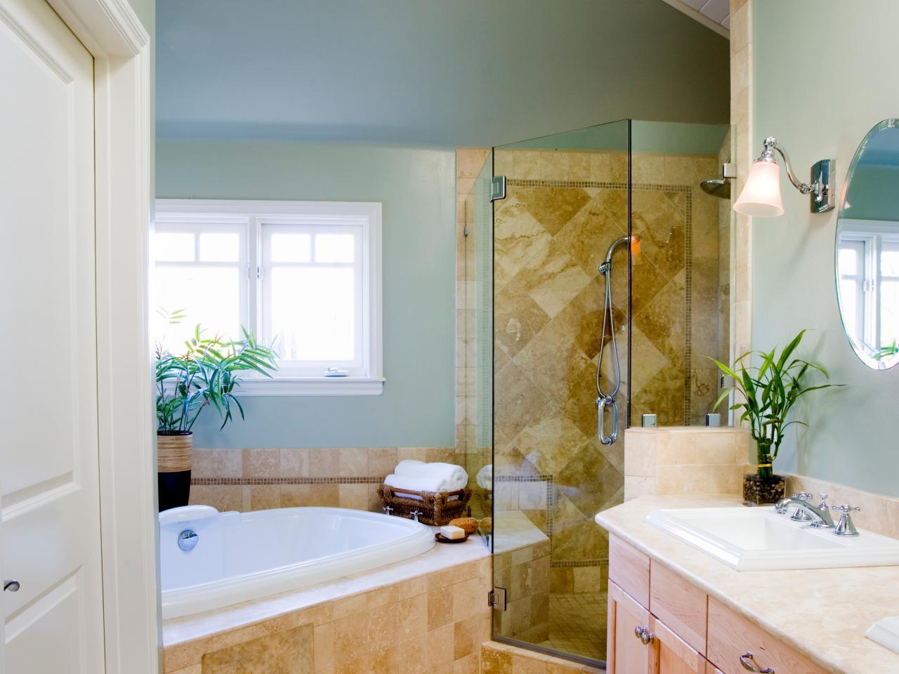 Угловая ванна в античном стиле