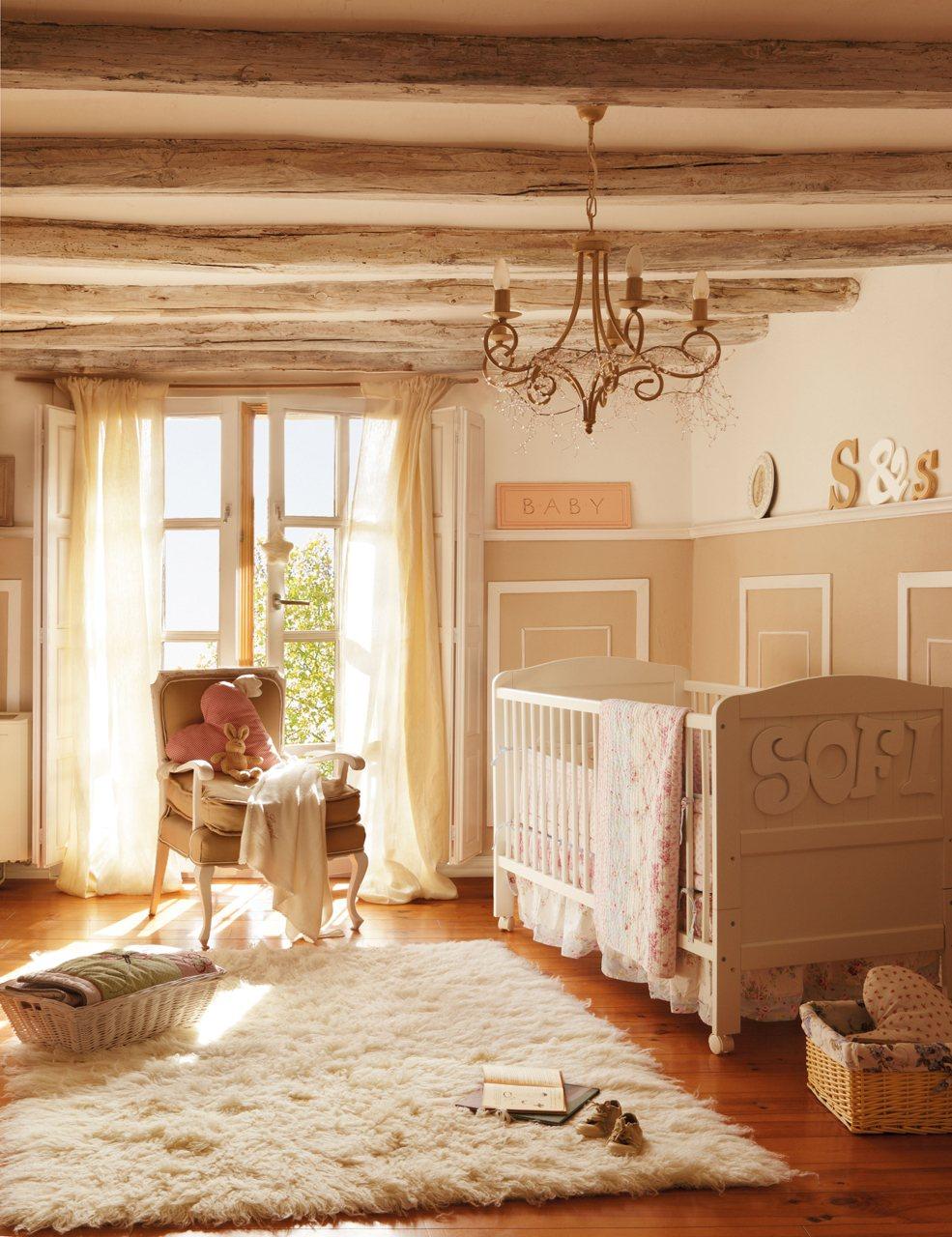 Детская комната с балками в стиле прованс
