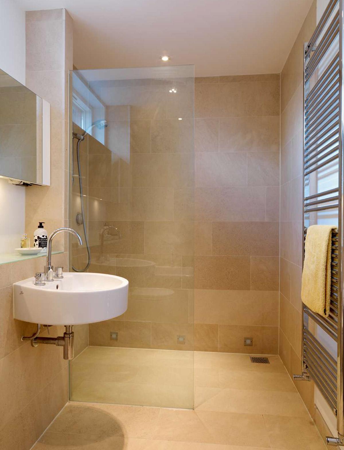 Идеи дизайна маленькой ванной бежевой