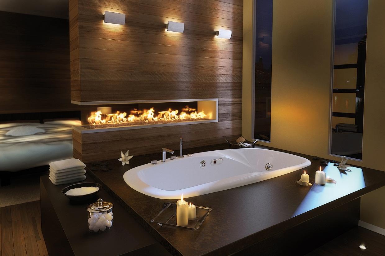 Интерьер ванной с биокамином