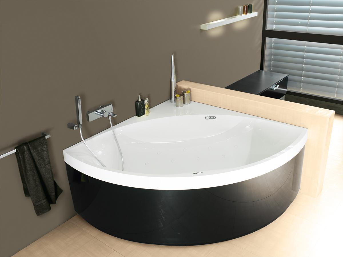 Угловая ванна черная