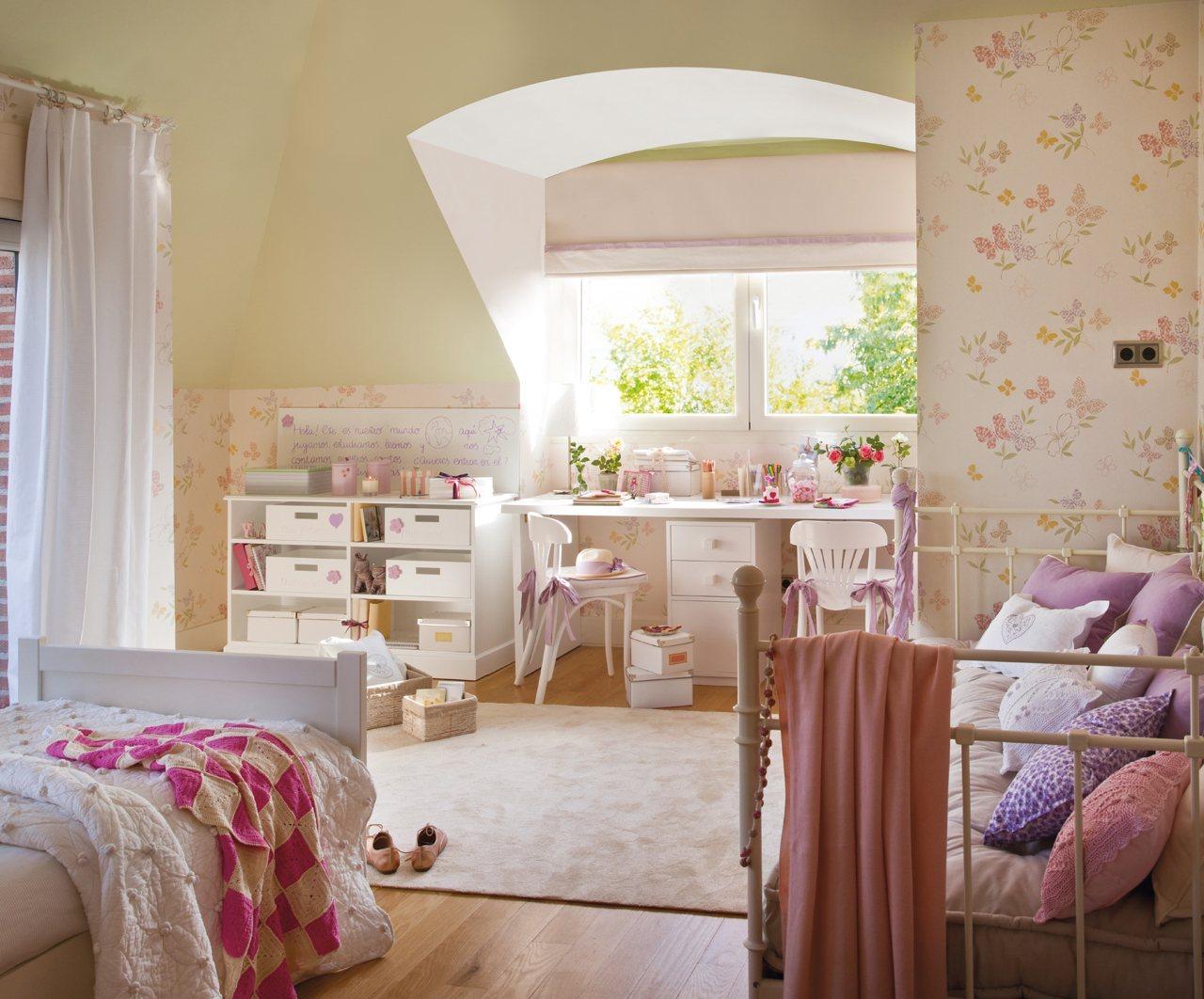 Детская комната в стиле прованс с цветами