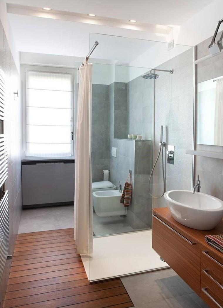 Маленькая ванная комната длинная