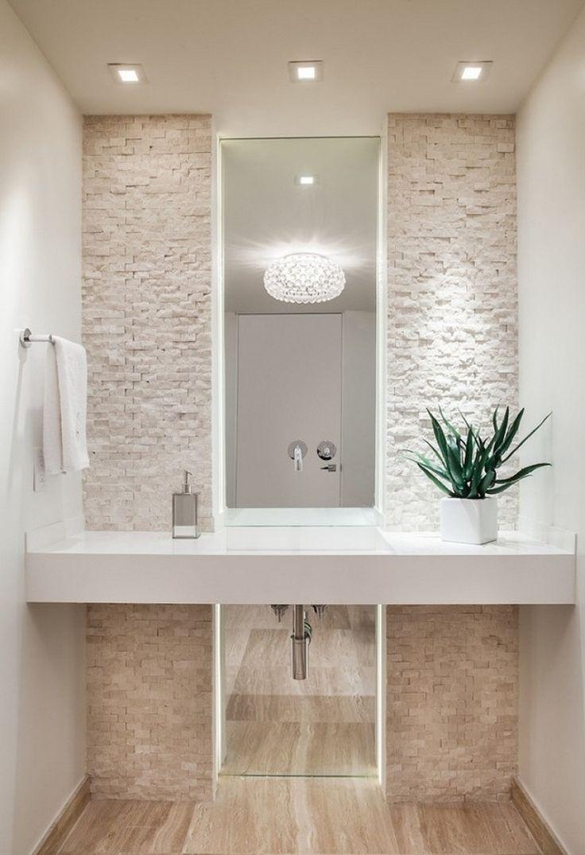 Длинное зеркало в ванную