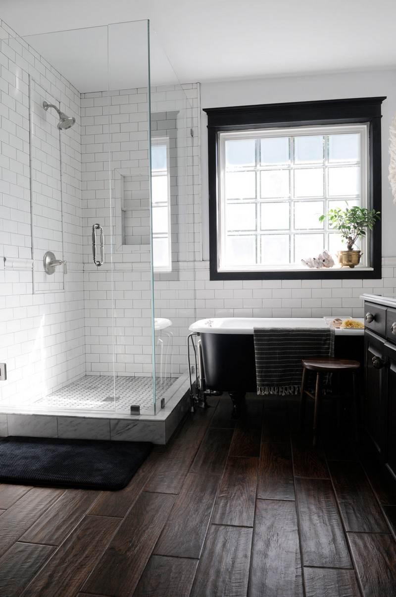 Черная ванная в доме