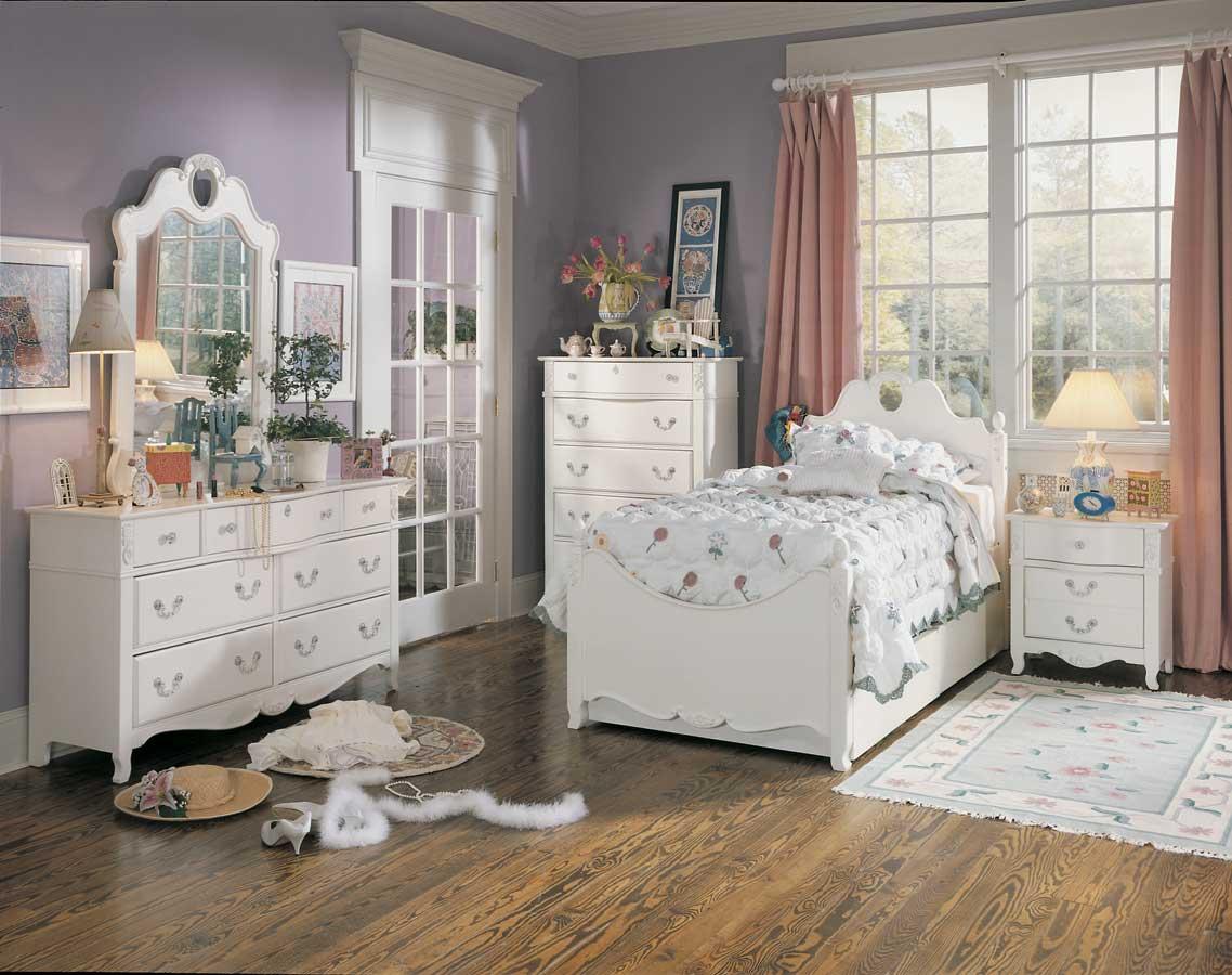 Детская комната в стиле прованс в доме