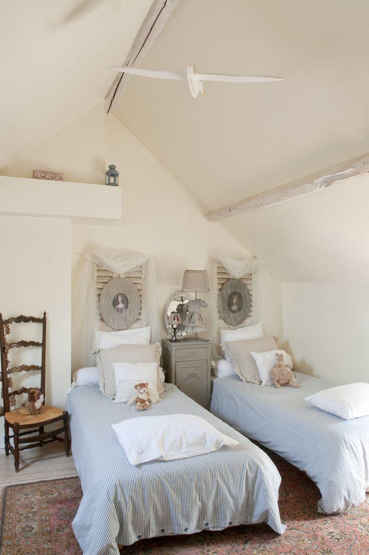 Детская комната в стиле прованс для двоих