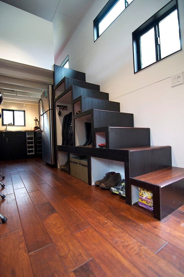 Интерьер квартиры студии двухуровневой