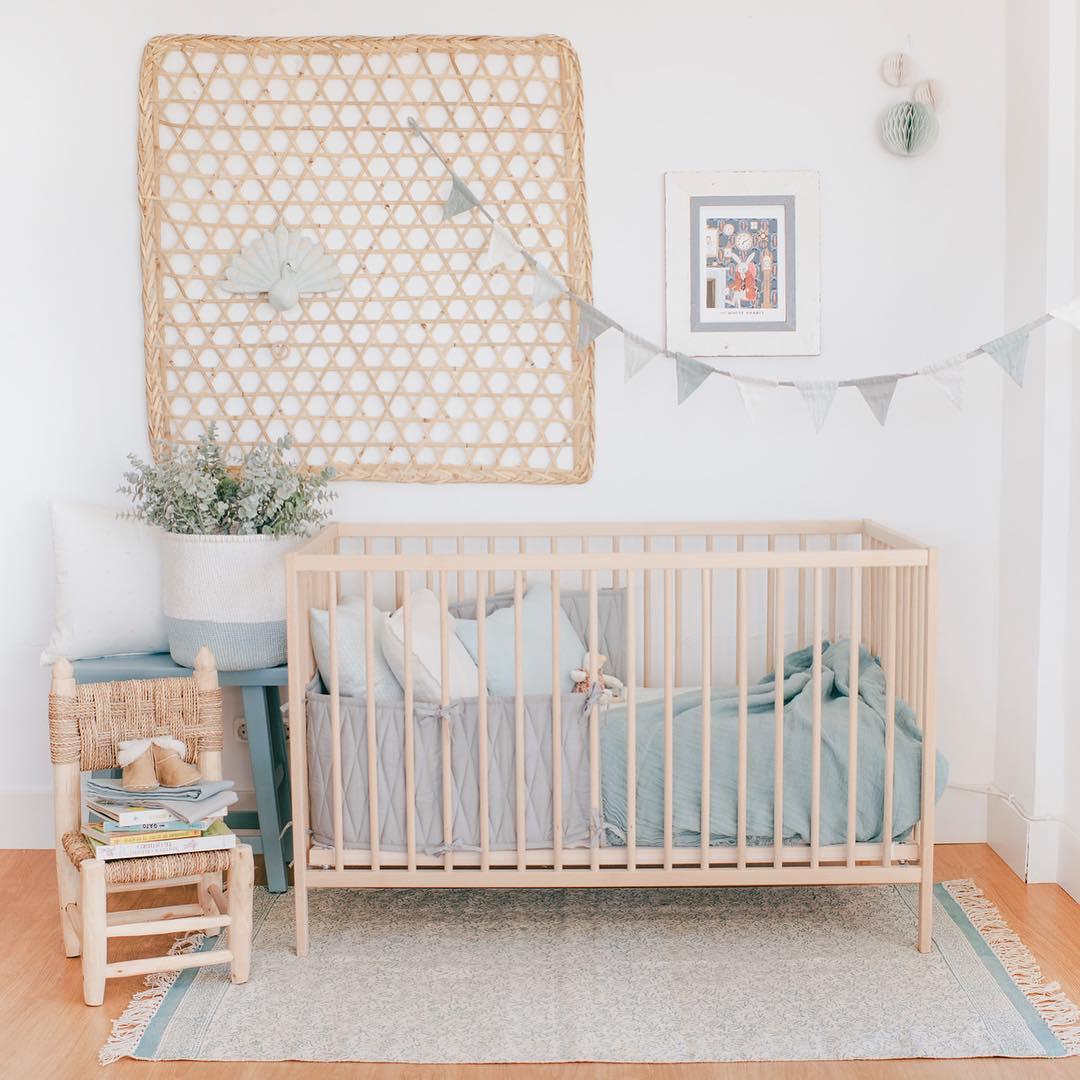 Детская комната для девочки в стиле эко