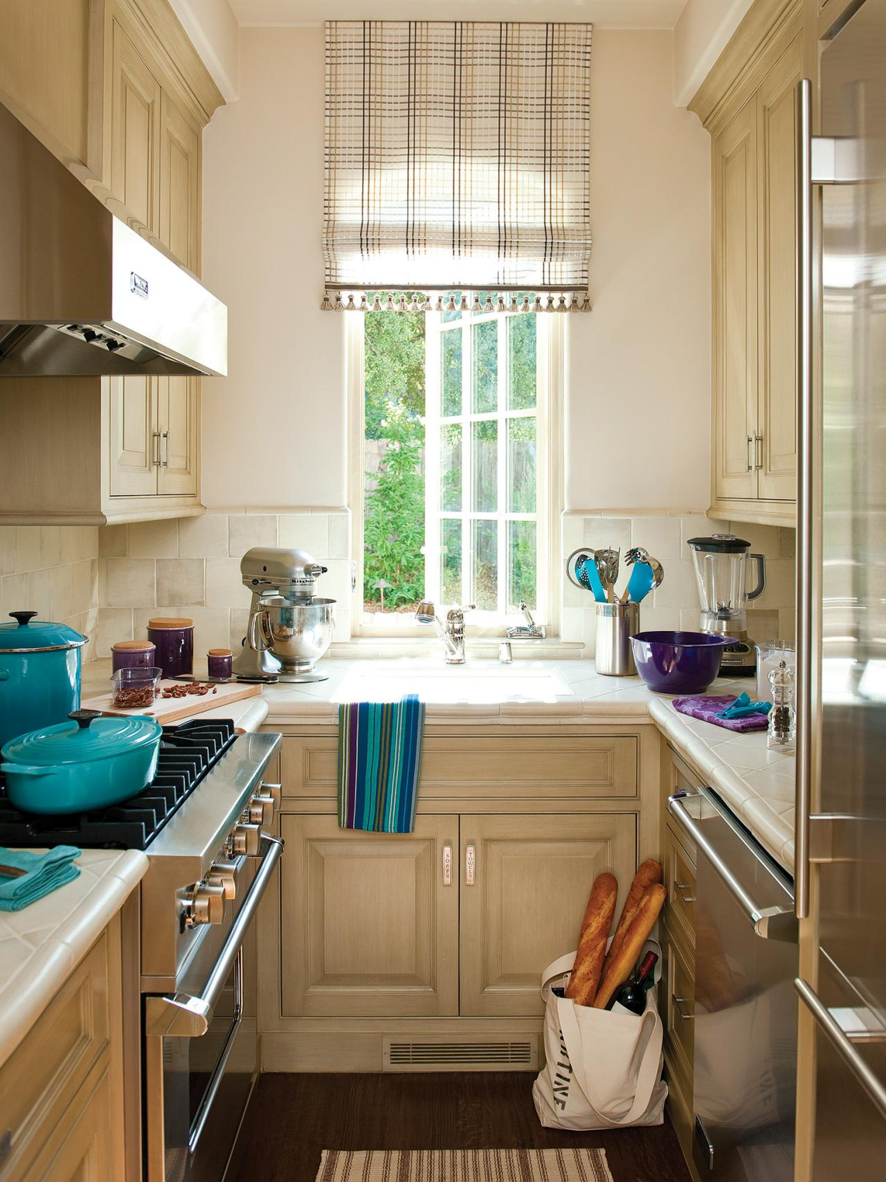 Дизайн маленькой кухни во французском стиле