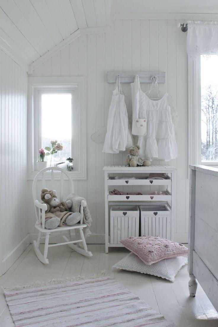 Детская комната во французском стиле