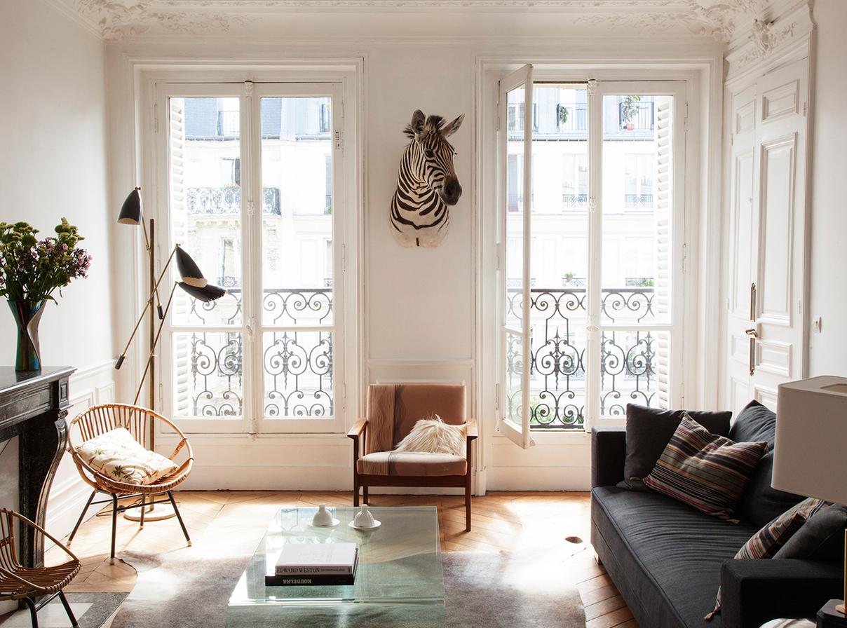 Дизайн однокомнатной квартиры с французскими окнами