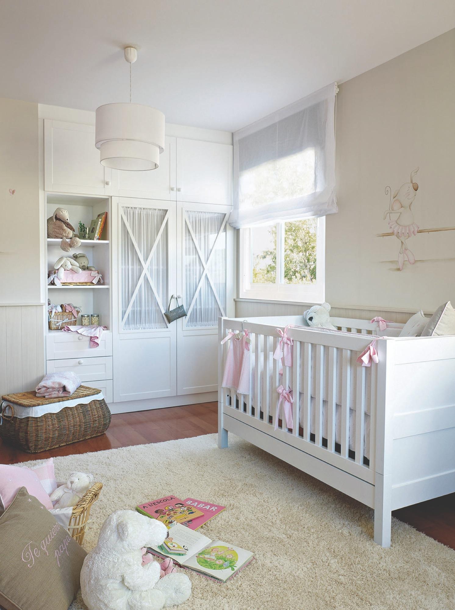 Детская комната для девочки во французском стиле